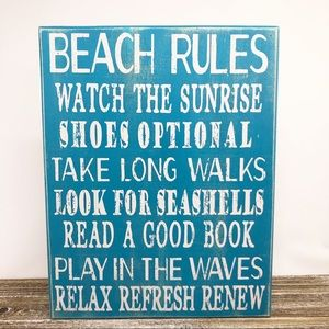 Distressed Wooden Beach Rules House Sign